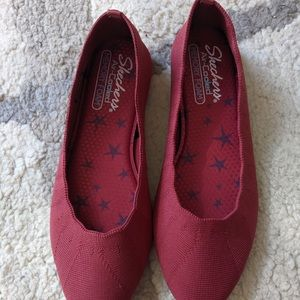 NWOT Skechers Cleo Red Bewitch Flats
